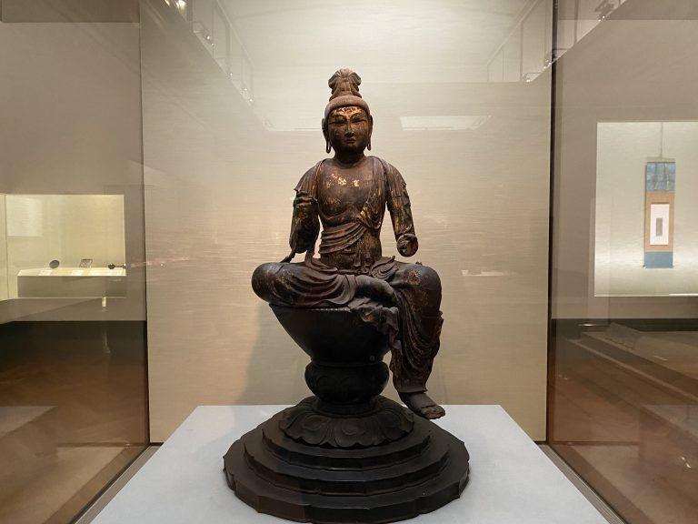 『日光菩薩坐像』