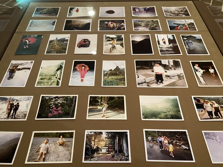 増山たづ子による写真作品。